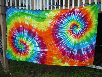 Tie dye tablecloth round or rectangular rainbow party or tapestry - Tie Dye Tablecloth