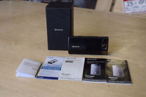 *Sony Bloggie Touch mhs-ts10 Camcorder + Box/Manuals.