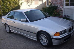 1998 BMW 318I PARTS FOR SALE- ENGINE+ TRANNY INCLUDED