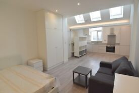 **BRAND NEWLY REFURBISHED STUDIO - SOUTHGATE- ALL NEW APPLIANCES - AVAILABLE NOW!!** QUICK QUICK**