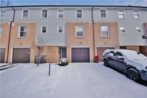 Bright, Spacious Townhome With Lots Of Upgrades/Renovations