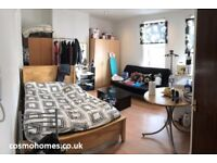 ALDGATE EAST/SHADWELL, E1, WELL LOCATED BRIGHT AND LOVELY STUDIO APARTMENT