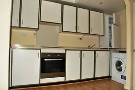 A SPACIOUS AND VERY WELL PRESENTED 1 BEDROOM FIRST FLOOR FLAT