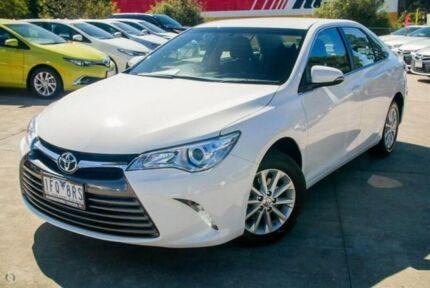 2015 Toyota Camry White Sports Automatic Sedan