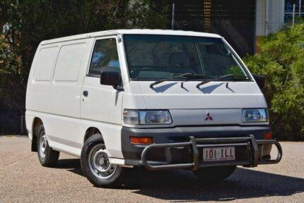 2004 Mitsubishi Express SJ M04 SWB White 5 Speed Manual Van