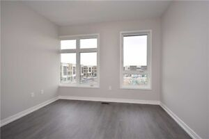 Amazing town house on rent in Milton