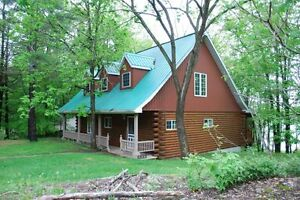 Whispering Pines, Cozy Cottage on Fifth Depot Lake!