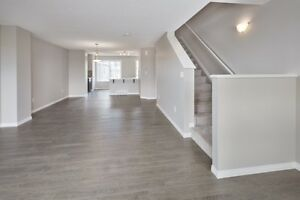 Chic and Modern, END Unit Townhouse w Great View! Edmonton Edmonton Area image 6