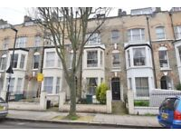 ****NO DEPOSIT OPTION****A THREE DOUBLE BEDROOM FLAT WITH USE OF GARDEN IN ARCHWAY N19