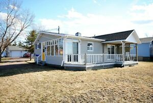 Waterfront Cottage in Shediac