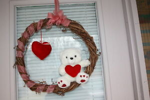 Valentine Wreath $10.00