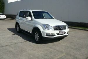 2014 Ssangyong Rexton Y200 MY15 SX (4x4) White 5 Speed Automatic Wagon Rothwell Redcliffe Area Preview