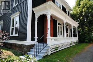 Fully furnished 3 bedroom in beautiful heritage home