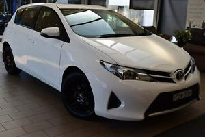 2012 Toyota Corolla ZRE182R Ascent White 6 Speed Manual Hatchback Belconnen Belconnen Area Preview