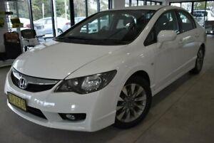 2011 Honda Civic 8th Gen MY11 VTi-L White 5 Speed Automatic Sedan Port Macquarie Port Macquarie City Preview