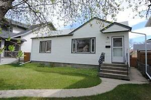 PET FRIENDLY 2BED/1BATH HOME IN BONNIE DOON WITH DOUBLE GARAGE!