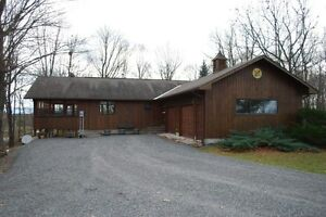 3 Bedroom Bungalow on 7 Private Acres