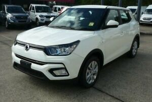 2018 Ssangyong Tivoli X100 MY19 EX Grand White 6 Speed Manual Wagon Rothwell Redcliffe Area Preview