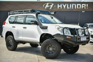 2011 Toyota Landcruiser Prado KDJ150R GX White 6 Speed Manual Wagon
