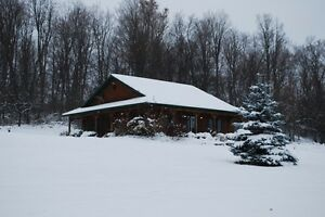 Easy Country Living on 2.7 Acres Kingston Kingston Area image 1