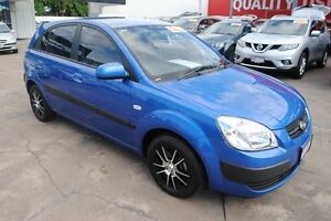 2009 Kia Rio JB MY09 LX Sapphire Blue 5 Speed Manual Hatchback Townsville Townsville City Preview