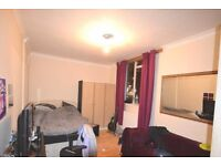 Kings Cross/ St Pancras / Zone 1 offered 4 lovely large room in same flat