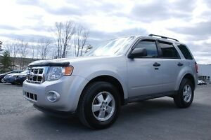 2012 Ford Escape XLT 4X4, DONT MISS OUT ON THIS MACHINE!