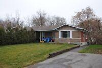 Laval Ste-Dorethee house for rent Nov 1.