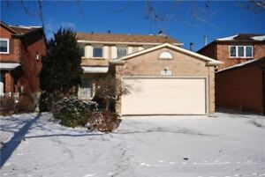 Detached home for rent in Mississauga 4+2 bedrooms
