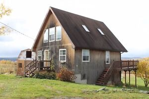 Gorgeous chalet home with incredible Keswick Ridge view!