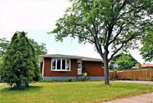 Spacious And Well Maint. 3 Bed Bungalow On The Mountain!