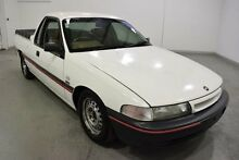 1993 Holden Commodore VP VP UTE EXT. CAB 2DR MAN 5SP 730KG 3.8I White 5 Speed Manual Utility Moorabbin Kingston Area Preview