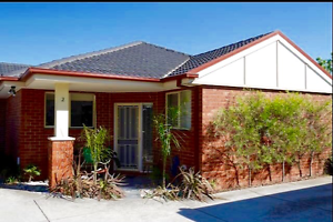 3 bedrooms Preston home - 6 months - includes water and Internet Preston Darebin Area Preview