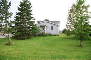 Hobby farm on 6.5 acres near Coldwater 1.5 hr north of Toronto