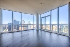 LARGEST Penthouse Suite at Maple Leaf Square - TOP FLOOR (54th)