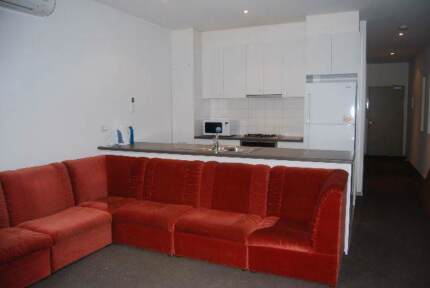 CBD- Master Bedroom with Ensuite in Melbourne City apartment