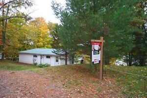 Affordable Sand Lake Cottage Kingston Kingston Area image 10