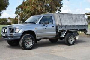 2004 Toyota Hilux KZN165R MY04 Silver 5 Speed Manual Cab Chassis