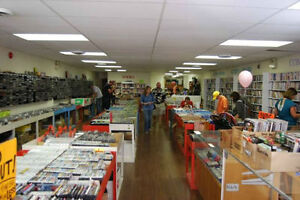CHUMLEIGHS VIDEO GAMES, SYSTEMS, MOVIES BUY SELL TRADE 876-0255 Peterborough Peterborough Area image 4