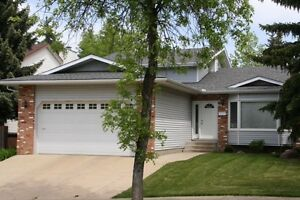 A Great Family Home in Desirable Woodlands, St. Albert