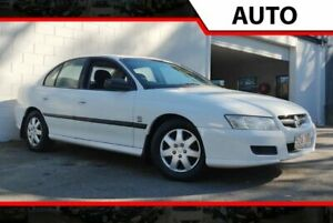 2005 Holden Commodore VZ Executive White 4 Speed Automatic Sedan Ashmore Gold Coast City Preview