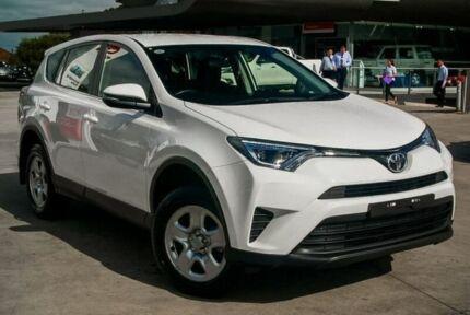 2017 Toyota RAV4 White Sports Automatic Wagon