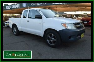 2005 Toyota Hilux GGN15R SR White 5 Speed Automatic Extracab Toongabbie Parramatta Area Preview