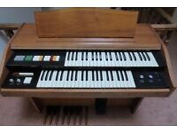 Hammond Organ VS200
