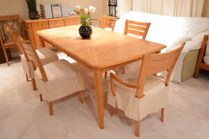 Modern Dining Table with 6 Chairs / Made in Canada / Solid Wood