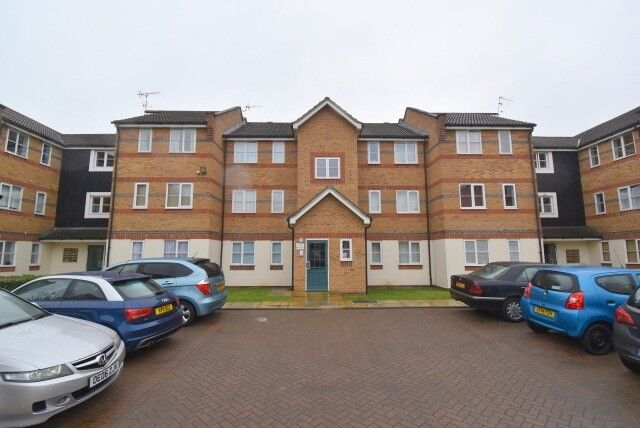***DSS WELCOME***A LOVELY ONE BEDROOM UNFURNISHED FLAT AT ISLAND VILLAGE IN ENFIELD EN3