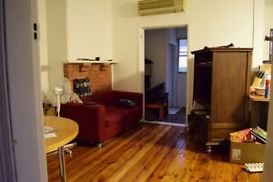 Close to beaumont st, Grt housemates, Large bedroom & polished floors Hamilton Newcastle Area Preview