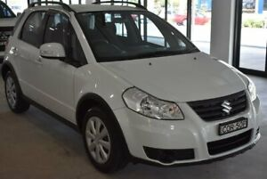 2013 Suzuki SX4 GYA MY13 Crossover White 6 Speed Constant Variable Hatchback Port Macquarie Port Macquarie City Preview