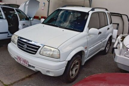 2004 Suzuki Grand Vitara SQ625 S3 White 5 Speed Manual Wagon
