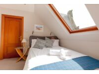 Cosy and Beautiful Top Flat with Amazing Views over the Old Town